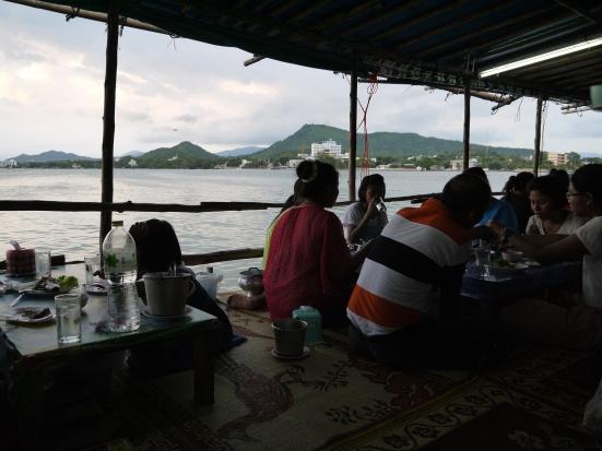 Si Racha, Seafood stall