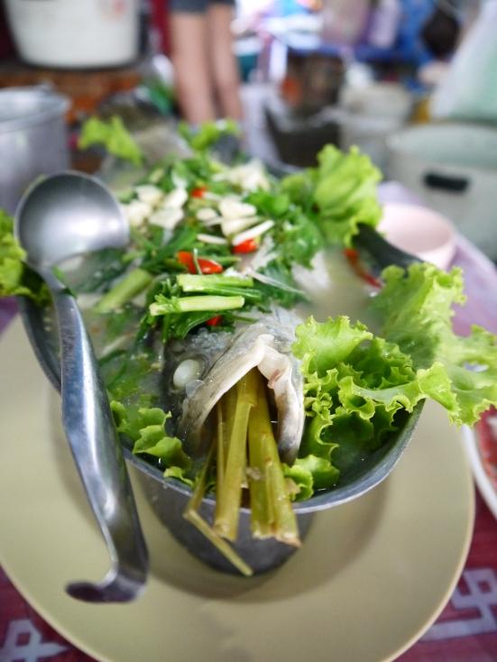 Thai stuff lemongrass steamed fish