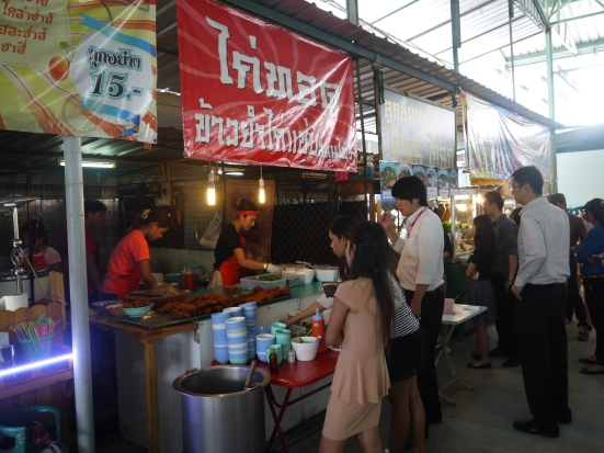 Busy fried chicken stall - the one with the queue